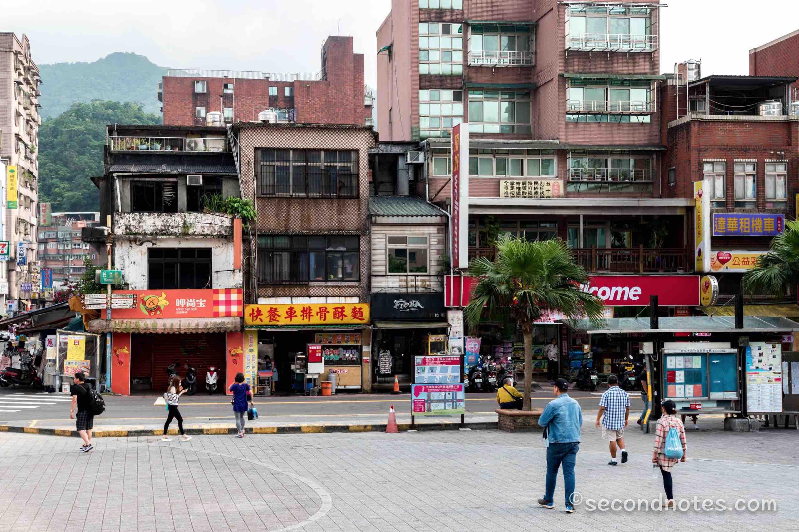 千と千尋の神隠し 台湾 比較
